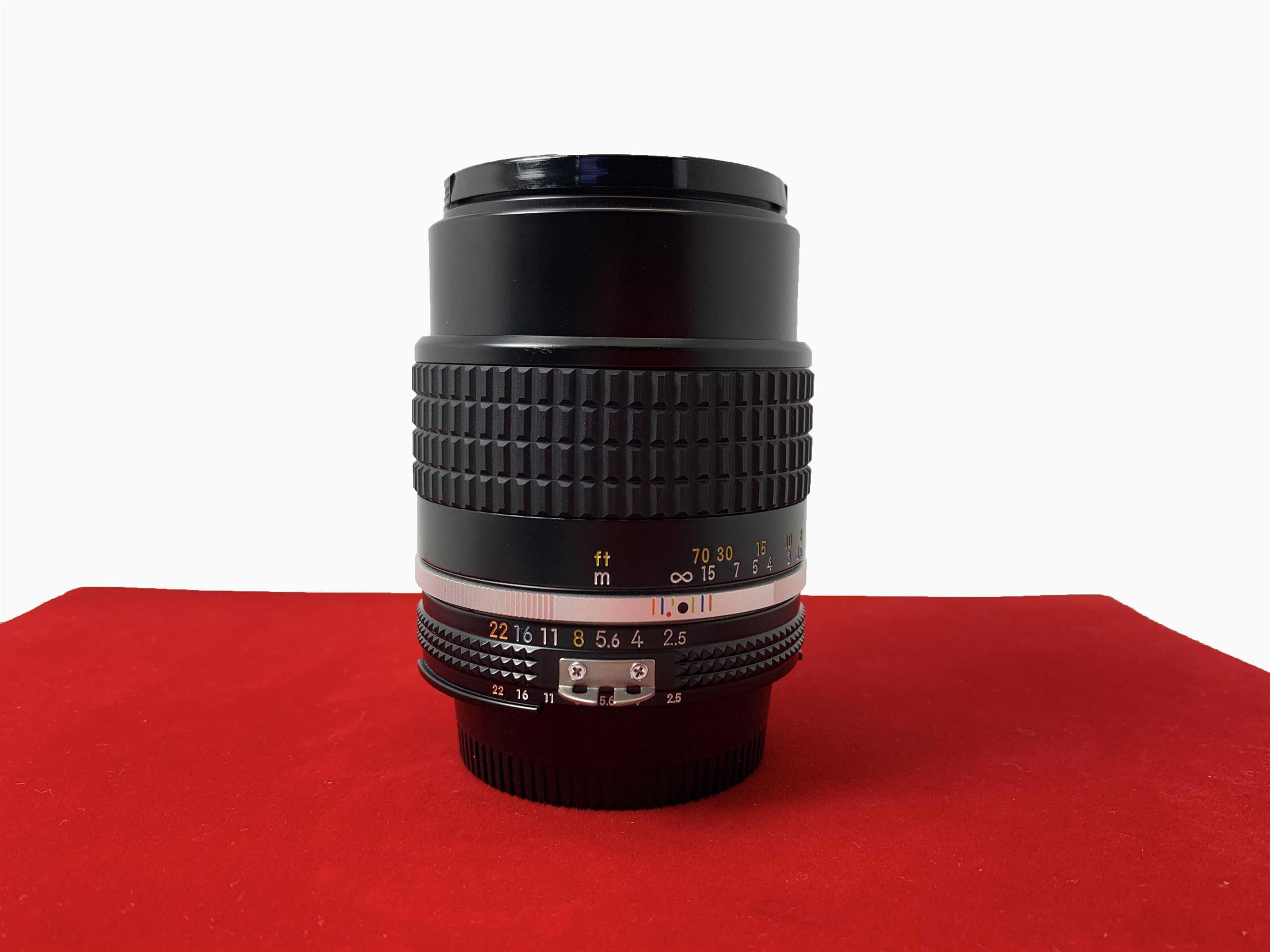 [USED-PJ33] Nikon 105mm F2.5 AIS, 95% Like New Condition (S/N:1036350)