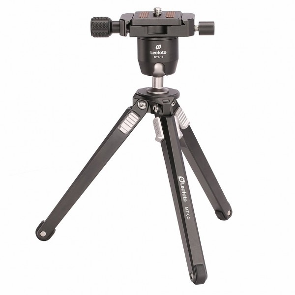Leofoto MT-02 W/ MTB-19 Mini Table Tripod Kit