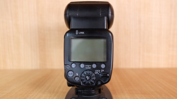 (USED YL LOW YAT)-Canon 600EX-RT Speedlite,90% Condition Like New,S/N:1104108257