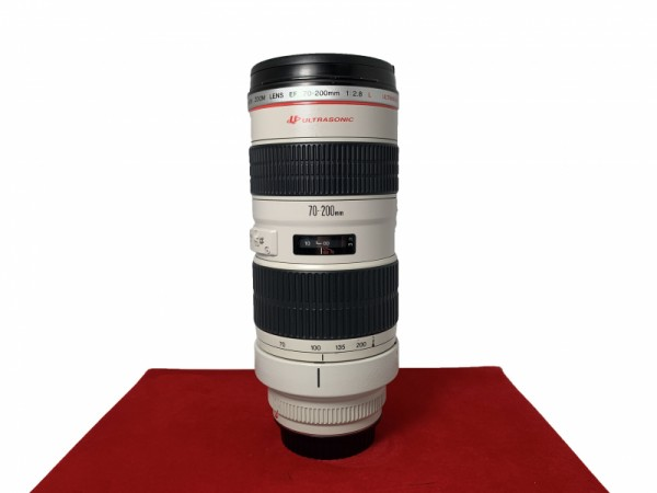 [USED-PJ33] Canon 70-200mm F2.8 L EF USM Lens, 80% Like New Condition (S/N:141978)