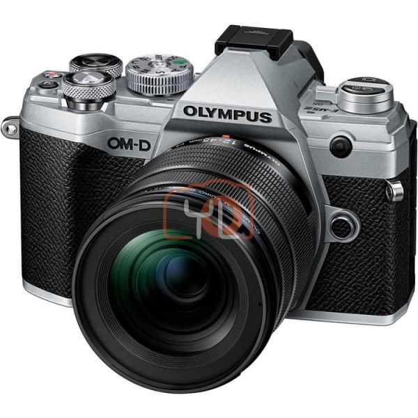 Olympus OM-D E-M5 Mark III + M.Zuiko Digital ED 12-45mm f/4 PRO - Silver