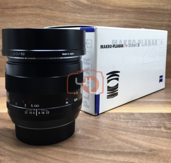 [USED @ YL LOW YAT]-Zeiss 50MM F2 Makro-Planar T* ZE Lens For Canon,95% Condition Like New,S/N:15786895