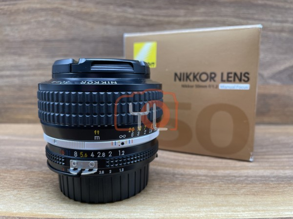 [USED @ YL LOW YAT]-Nikon 50mm F1.2 AIS Lens,98% Condition Like New,S/N:423582