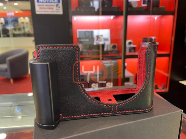 CAM-IN Leica Q2 Genuine Leather Half Case Black/Red