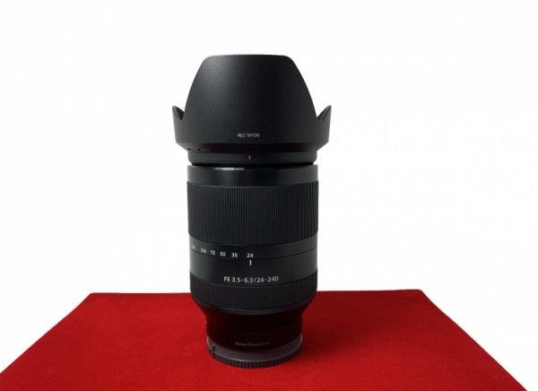 [USED-PJ33] Sony 24-240mm F3.5-6.3  FE OSS , 95% Like New Condition (S/N:1865302)