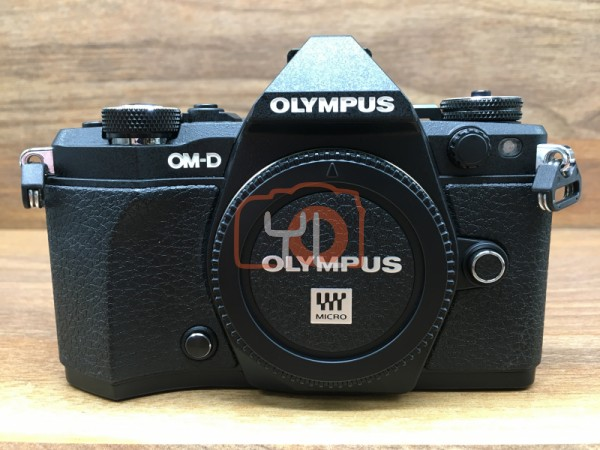 [USED @ YL LOW YAT]-Olympus OM-D E-M5 II Camera Body [ Black ],95% Condition Like New,S/N:BHEA16991