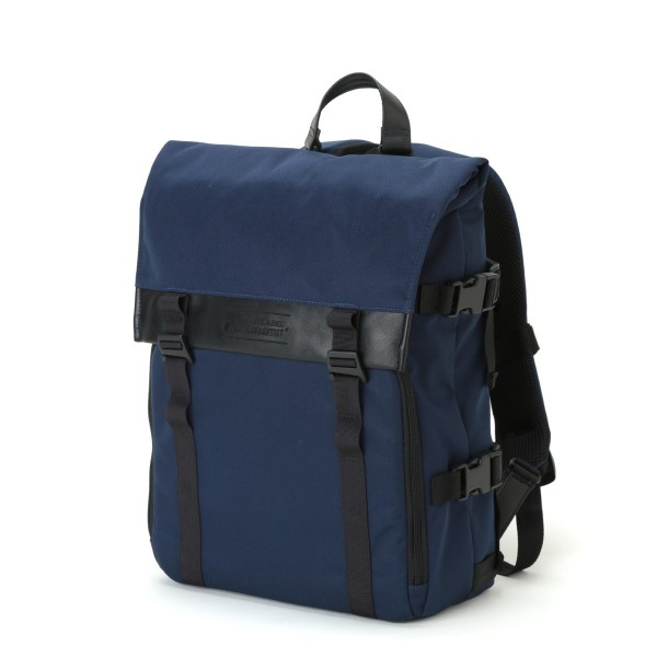 Artisan & Artist RDB-BP300 Backpack (Navy)