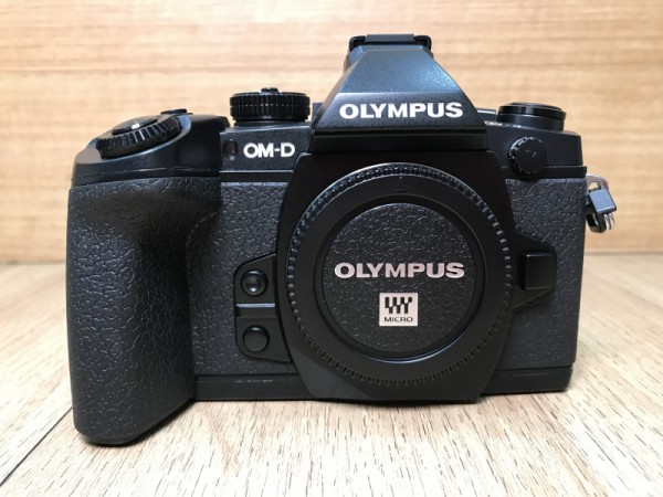 [USED @ YL LOW YAT]-Olympus OM-D E-M1 Camera Body [ Black ],90% Condition Like New,S/N:BHP225239