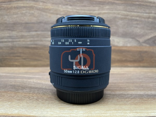[USED @ YL LOW YAT]-Sigma 50mm F2.8 DG Macro Lens For Canon,90% Condition Like New,S/N:11398360