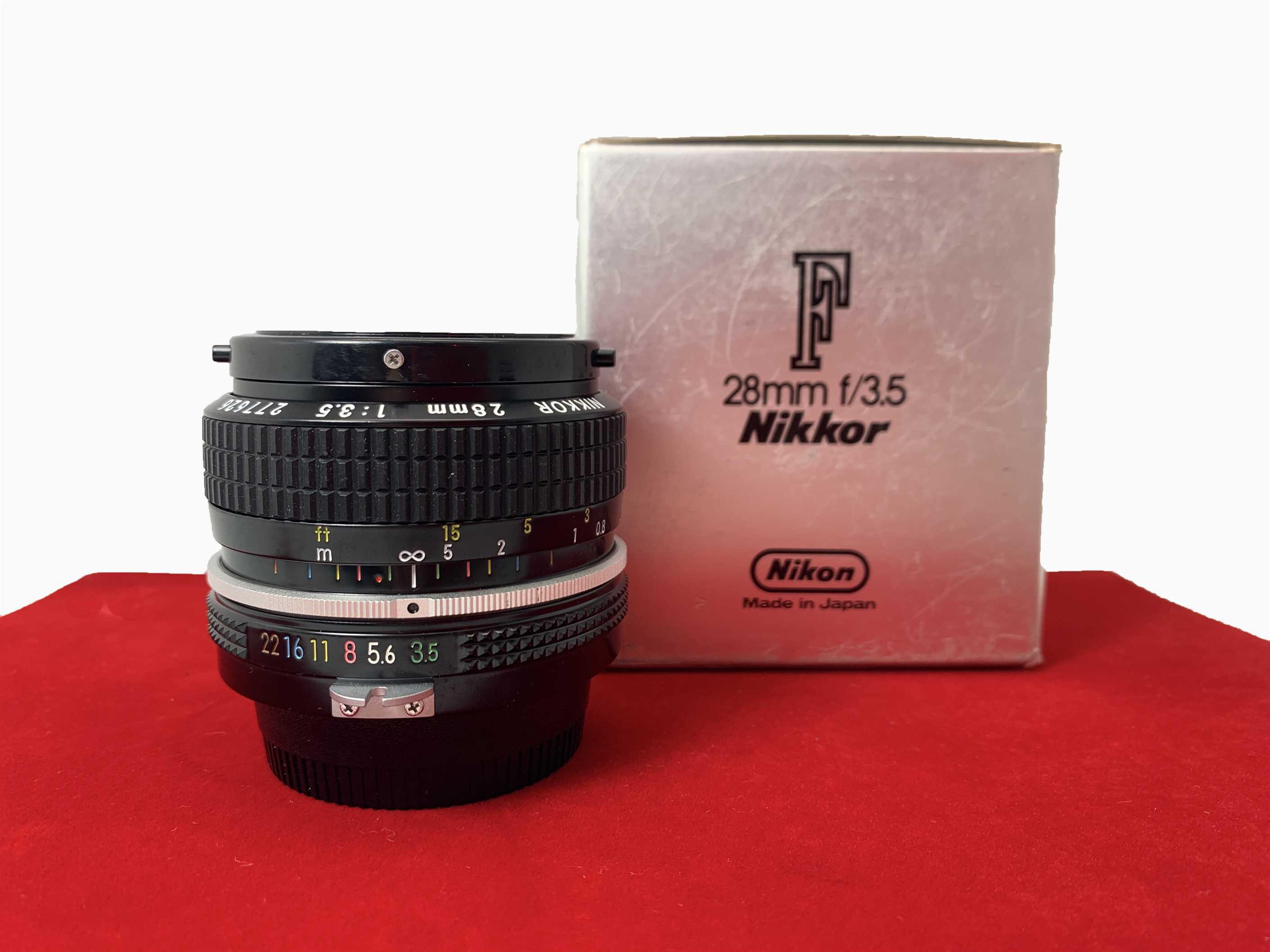 [USED-PJ33] Nikon 28mm F3.5,99% Like New Condition (S/N:277626)