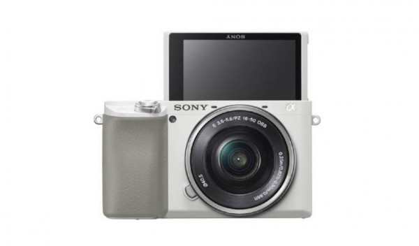 Sony a6100 + E 16-50mm F3.5-5.6 PZ OSS (White) [Free 16GB SD Card]